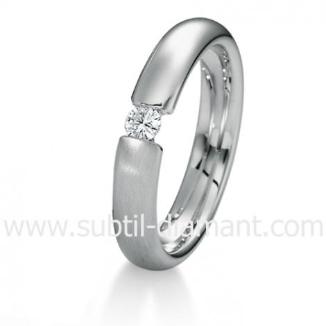 Alliance Maryane en Or Blanc et diamants 4 mm - 04041