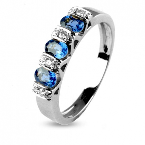 Bague Saphir 0.90 ct sertie de diamants 0.04 ct