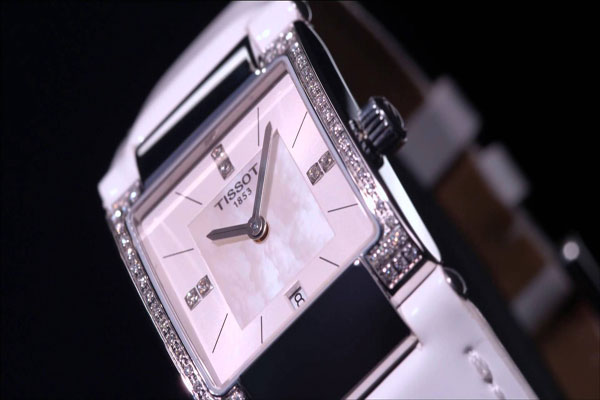 Tissot T02 ornée de diamants